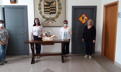 Le mascherine solidali di Emy finanziano i pacchi alimentari