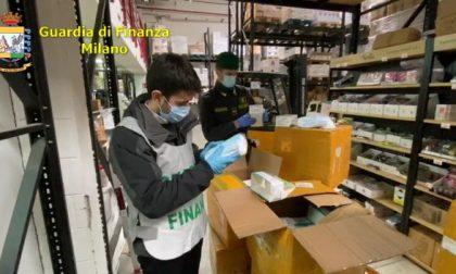 122.000 mascherine e igienizzante per la Protezione Civile sequestrati FOTO