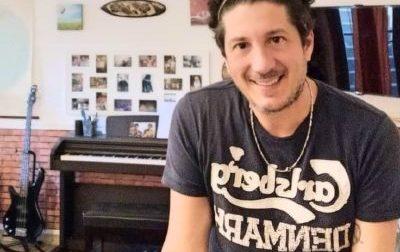 """""""Ci abbracceremo forte"""": il successo radiofonico di un bollatese"""