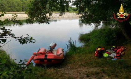 Tragedia dopo un tuffo: 45enne annega nel Ticino