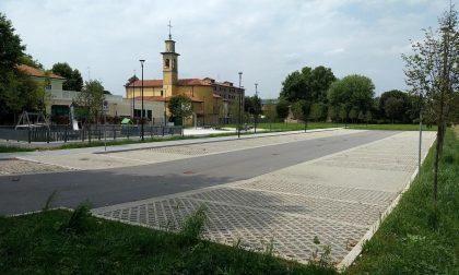 Parcheggi, percorso ciclopedonale e un'area gioco attrezzata a Valera