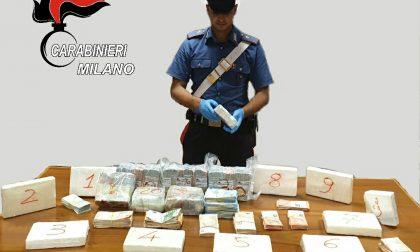 10 chili di cocaina e oltre 200mila euro in contanti: arrestati due spacciatori