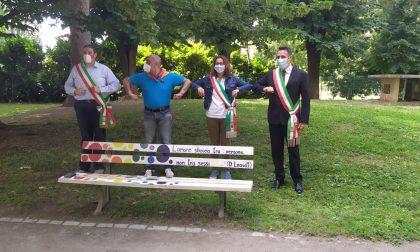 A Corbetta mini Pride simbolico in difesa dei diritti VIDEO