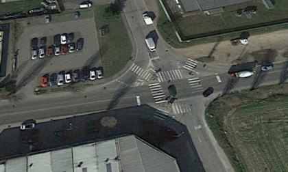 Incrocio via San Martino e via dei Fontanili: via i semafori, arriva una rotonda!