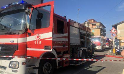 Fiamme nella frazione di Pagliera: pompieri in azione FOTO