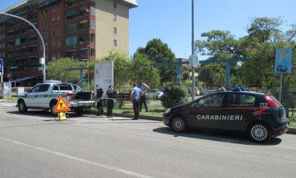 Incidente tra automobili, coinvolto un bimbo di un anno e mezzo
