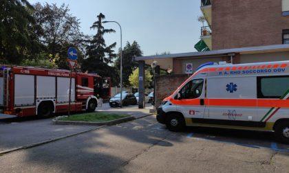 Anziana cade in casa: pompieri e ambulanza sul posto