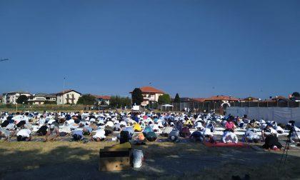 Preghiera e canti: inizia la festa del sacrificio nell'ex area fiera VIDEO