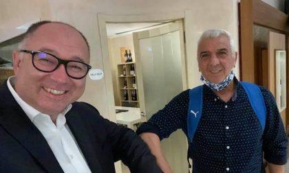 Evaristo Beccalossi, l'ex campione dell'Inter cena in paese