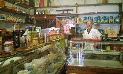 Si è spento Vittorio Avinci: storico titolare della gastronomia in piazza