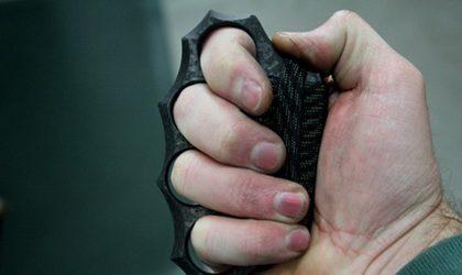 Fermati con coltello e tirapugni, denunciati due minorenni