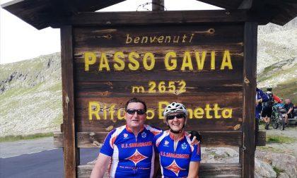 Il sindaco di San Giorgio conquista il Passo Gavia (ma viene morso da un cane)