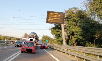 Incidente a catena a Rho: traffico bloccato FOTO