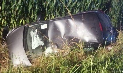 Terribile incidente lungo il Sempione: auto nel fosso e furgoncino ribaltato FOTO