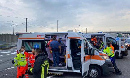 Grave incidente in autostrada: coinvolto un mezzo pesante