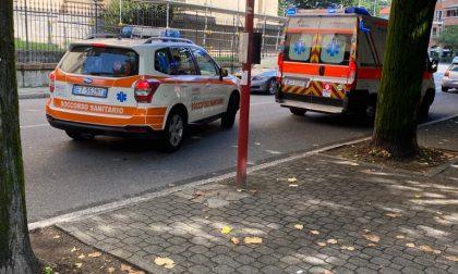Si sente male sul pullman: soccorso da ambulanza e automedica