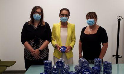 Mille confezioni di crema per dire grazie agli infermieri per l'emergenza Covid
