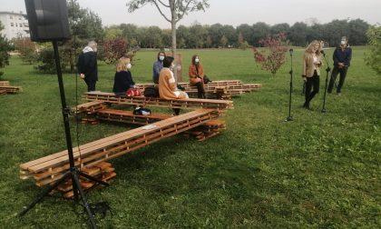 """Rho accoglie al Parco Europa l'installazione """"Catasta""""... da oltre 7mila euro FOTO"""