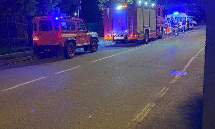Scontro tra due auto in via Casati: arrivano anche i pompieri