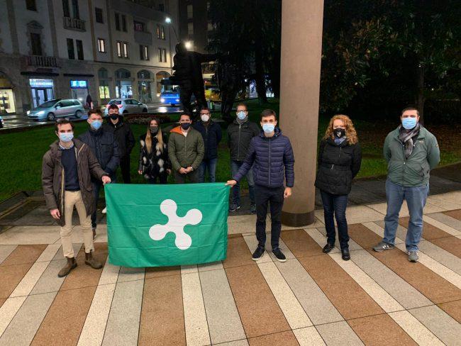 Flash mob della Lega Giovani contro il Dpcm e la chiusura delle attività commerciali