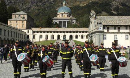 Musica e fede al Santuario di Oropa con la banda dell'Associazione Nazionale Vigili del Fuoco volontari FOTO