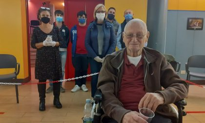Festa al Perini: nonno Gianfranco festeggia 101 anni