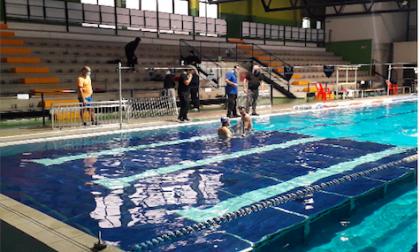 La piscina di Legnano ha una nuova pedana amovibile