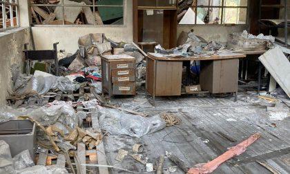 Incendio nell'ex ditta Novaceta, ferito gravemente un uomo
