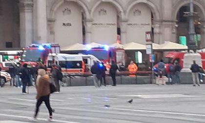 27enne tenta il suicidio buttandosi sotto la metro