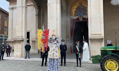 San Martino: simbolica benedizione al trattore