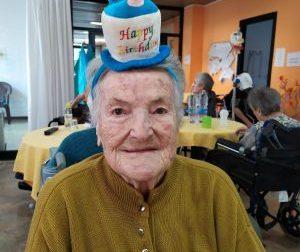 Supera il Covid e festeggia 104 anni