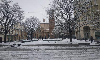 Il sindaco Radice: «Disagi contenuti, Legnano ha affrontato bene la nevicata. Grazie ai cittadini per la loro collaborazione»