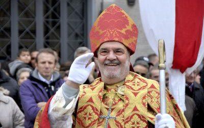 Tutta Rho dice addio a  Giuliano Marazzi, era «Papa Urbano» nella sfilata del Palio