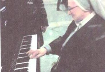 Addio a suor Donata Veronesi, maestra e appassionata di pianoforte