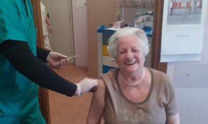Covid, prime vaccinazioni alla rsa Sant'Erasmo