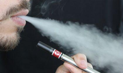 Scoppia la sigaretta elettronica e si ustiona anche i genitali