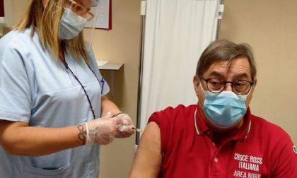"""Il primo vaccinato è di Corbetta: """"Niente paura, è sicuro"""""""