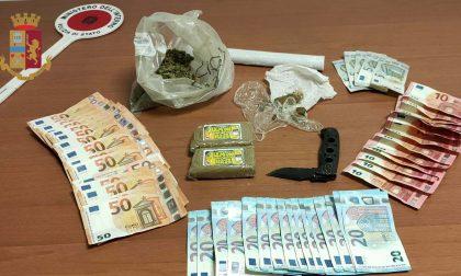 Baby spacciatore: nascondeva hashish e marijuana a più di mille euro in contanti e un coltello
