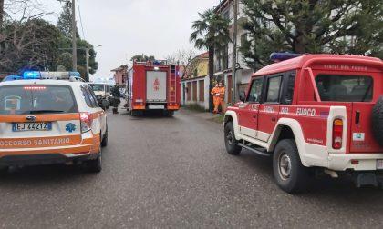 Quadro elettrico in fiamme: uomo in ospedale
