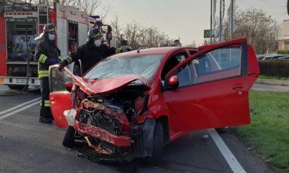 Tragedia sulla ex Statale 11, morta la donna coinvolta nell'incidente