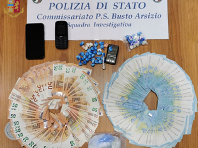 Arrestato pusher, nella sua abitazione oltre 60 dosi di cocaina