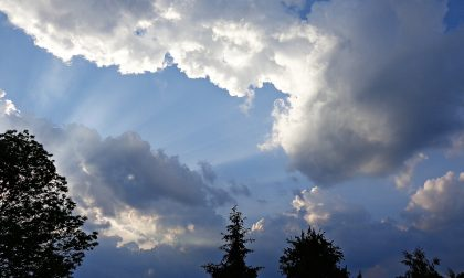 Inizio settimana tra sole, nuvole e qualche pioggia | Meteo Lombardia