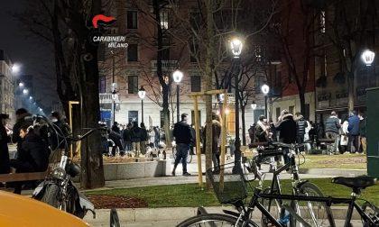 Feste clandestine  e assembramenti per strada