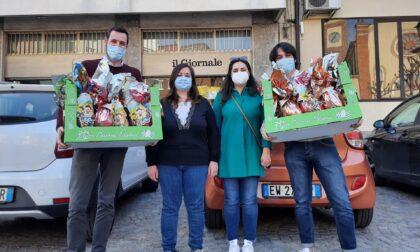 Pasqua solidale: la Lega dona uova di cioccolato alla Caritas