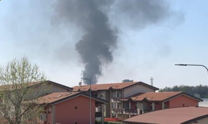 Incendio nel deposito degli autobus