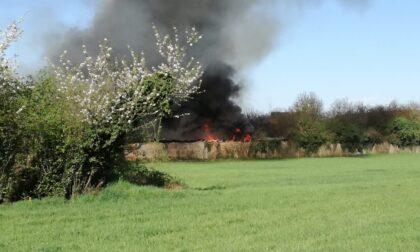 Devastante incendio in una ditta