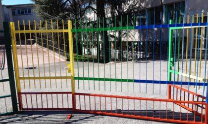 Maestra va a scuola senza febbre ma con sintomi, era positiva: paura per 70 famiglie