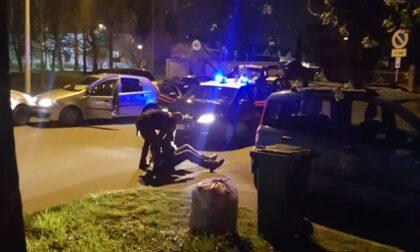 Arrestati dopo un inseguimento: salgono a cinque i colpi contestati