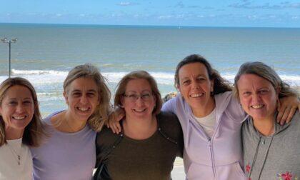 Cinque donne argentine cercano le loro radici cislianesi