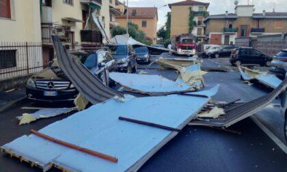 Tromba d'aria a Sedriano: sradicato il tetto di una palazzina
